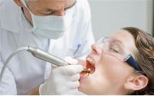 Penggunaan Resin pada Kedokteran Gigi